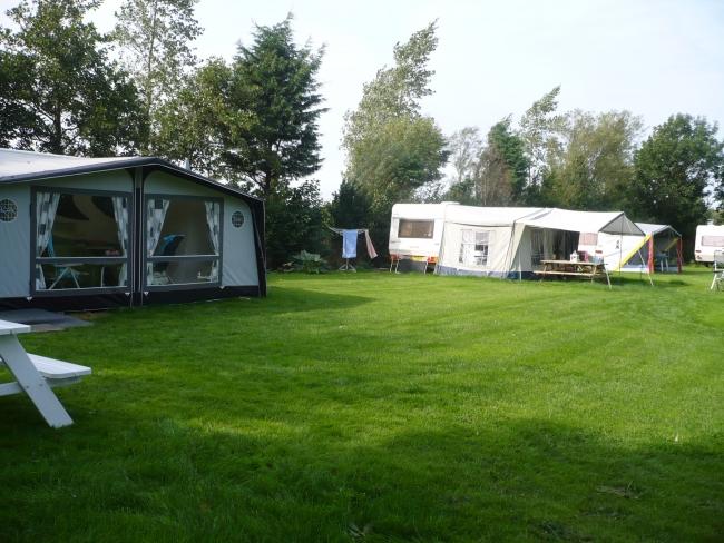 Ruim, gezellig kampeerveld